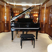 Yacht « Double Down » Monaco, cocktail piano